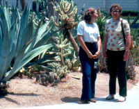 04a Suzanne & Betty on Mesa Temple Grounds
